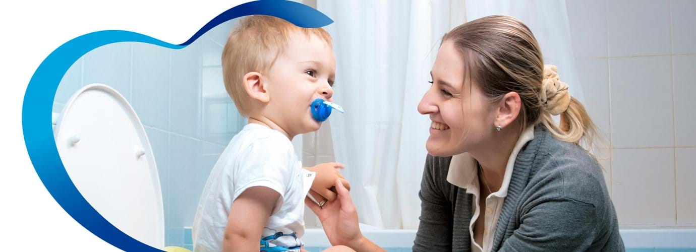 ¿Cómo enseñarle a tu hijo la forma correcta de limpiarse al ir al baño?