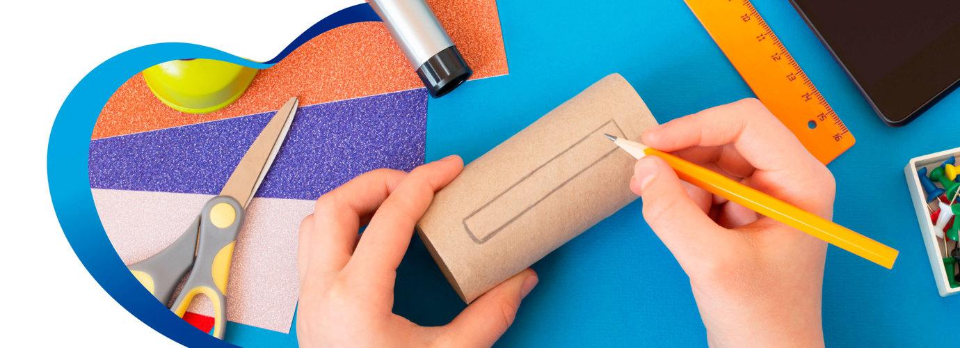2 manualidades con rollos de papel higiénico