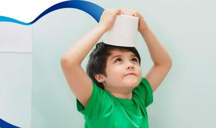 Desarrolla el equilibrio de tus hijos con papel higiénico